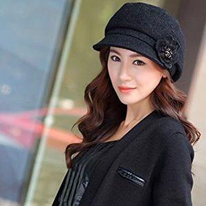 Black Winter Newsboy Hat